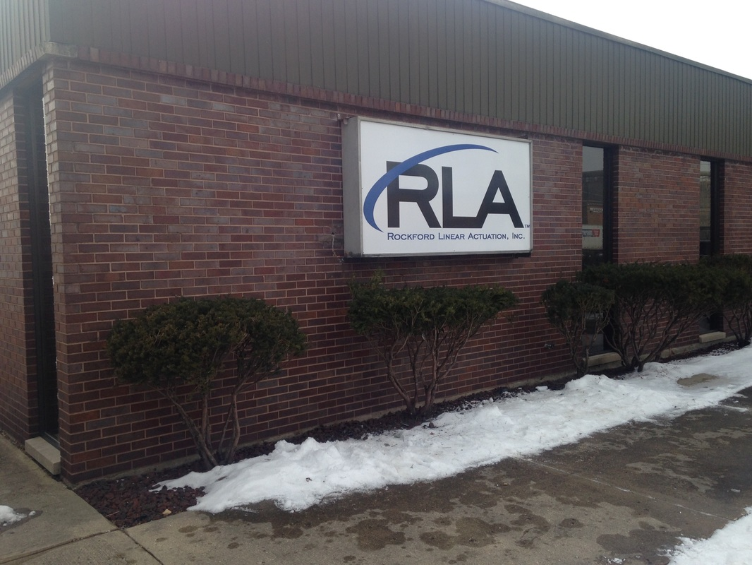 Signs Rockford Il Banners Vehicle Lettering Large Format